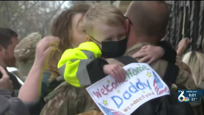 110 soldiers reunited with family at QC airport