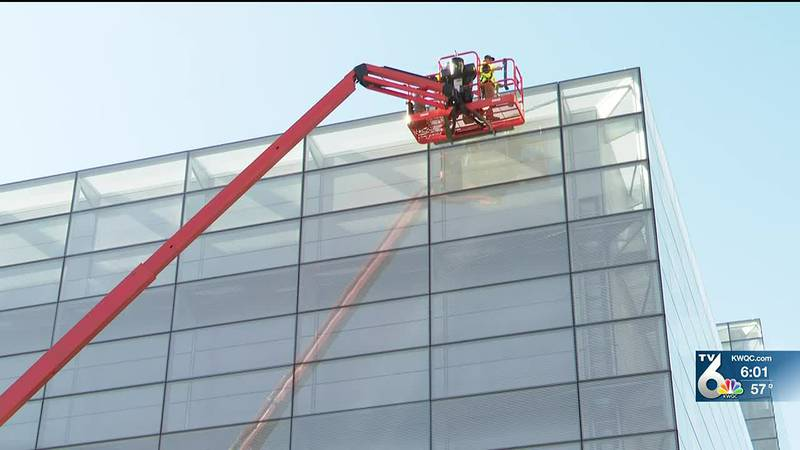 Figge Art Museum continues mission, replaces windows from summer shooting