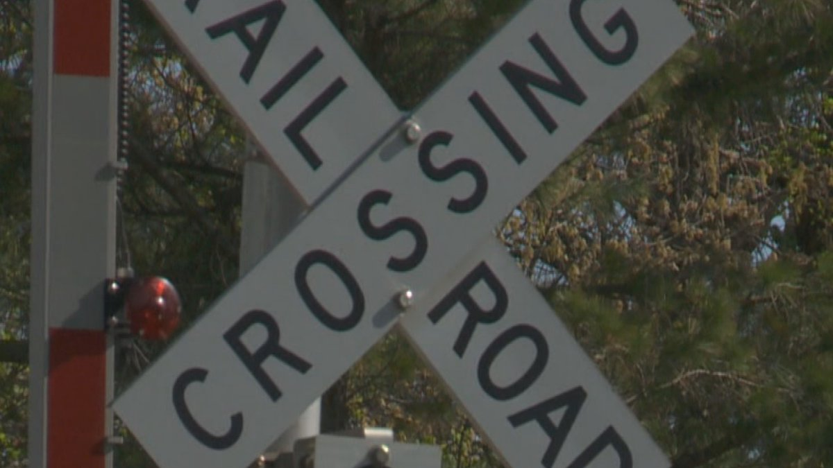 CN Railway Police reminding public about railroad crossing safety