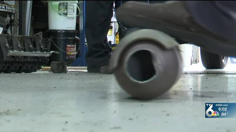"""Catalytic converter thefts """"rampant"""" with Quad City auto businesses"""