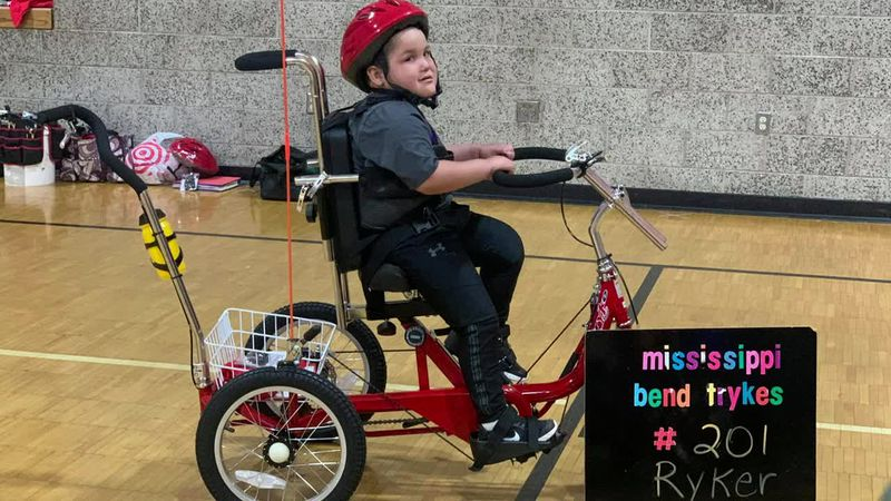 Muscatine kids with disabilities get customized bicycles