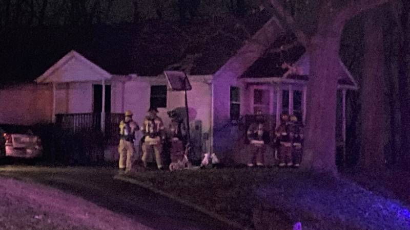 Several hurt after early morning fire in Moline.