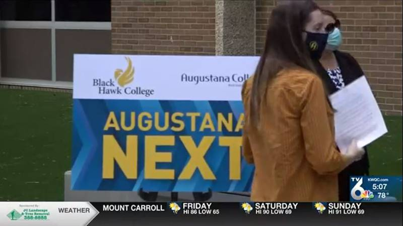 Augustana College and Black Hawk College unveiled a program for transfer students Thursday.