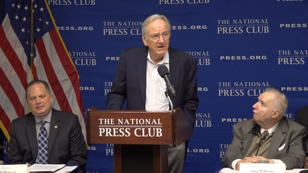 Former Iowa Sen. Tom Harkin urges companies to hire people with disabilities (Source: Gray DC)