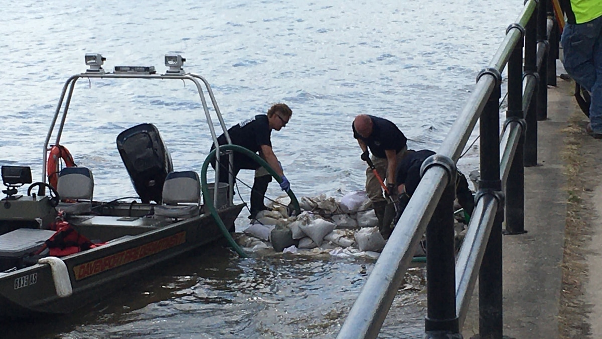 Davenport Police, Fire search Mississippi River on Wednesday.