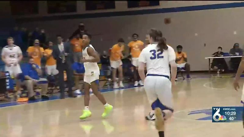 Watch highlights from Monday's Regional Basketball action
