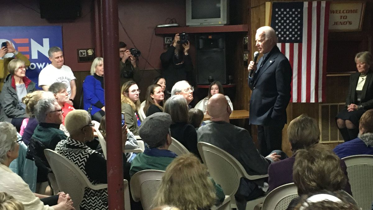 On Tuesday, Joe Biden made his final pitch in the Quad cities area. (KWQC)