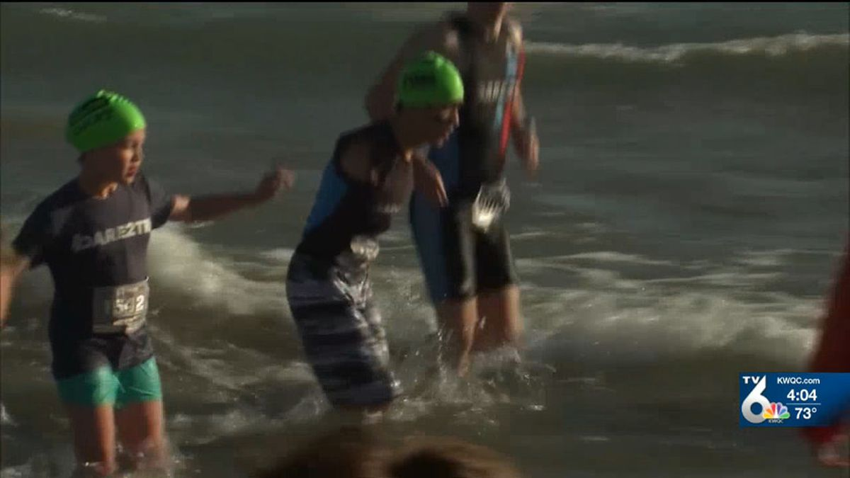 14-year-old Timothy Bannon, who was born with no arms, finished the Chicago Triathlon in less than an hour over the weekend. (WLS/CNN)