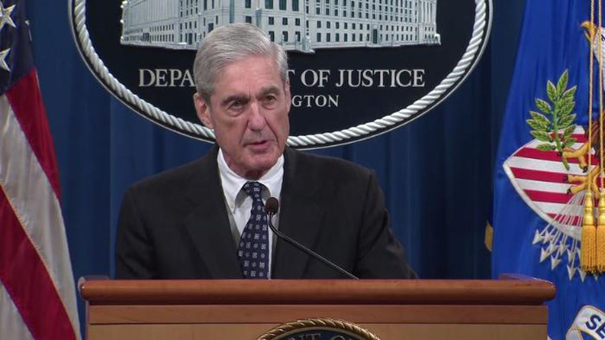 """Special counsel Robert Mueller said during his first public remarks on the Russia investigation that charging President Donald Trump with a crime was """"not an option"""" because of federal rules. (Source: CNN/POOL)"""