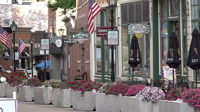 Galena sees tourism boost as Illinois enters bridge phase