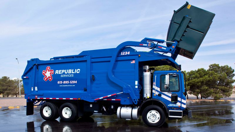 A garbage notice was issued for the city of DeWitt due to the snowfall amount.