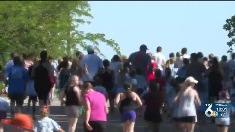 Strawberry Stampede returns to Long Grove for races, family reunions