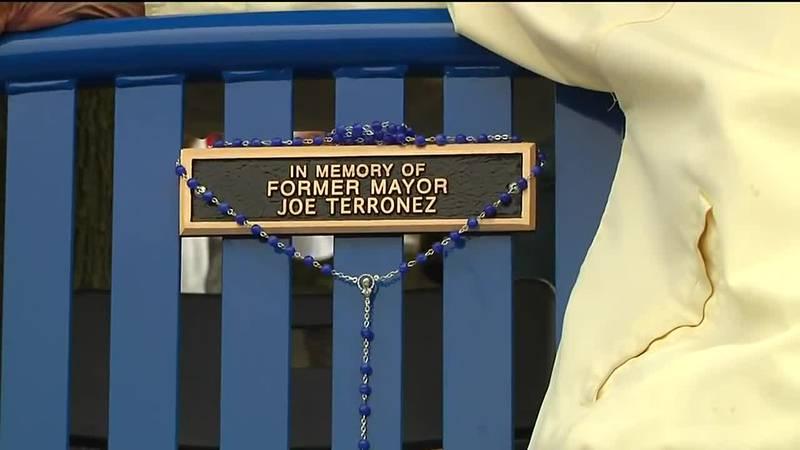 Former Silvis Mayor recognized in Hero Street Memorial Day service